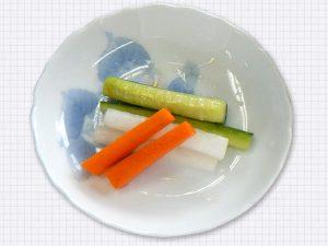 スティックピクルス 日野菜キッチン カフェ