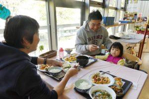 日野菜キッチンカフェの様子